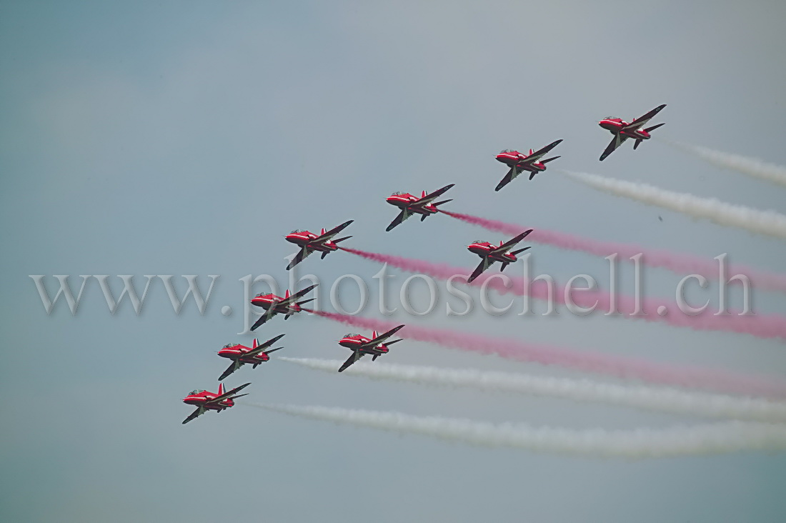 Red Arrows en formation