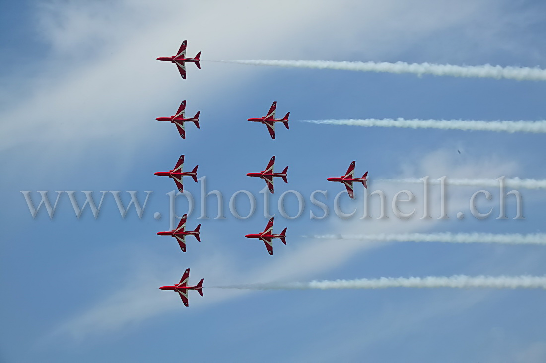 Red Arrows en travers